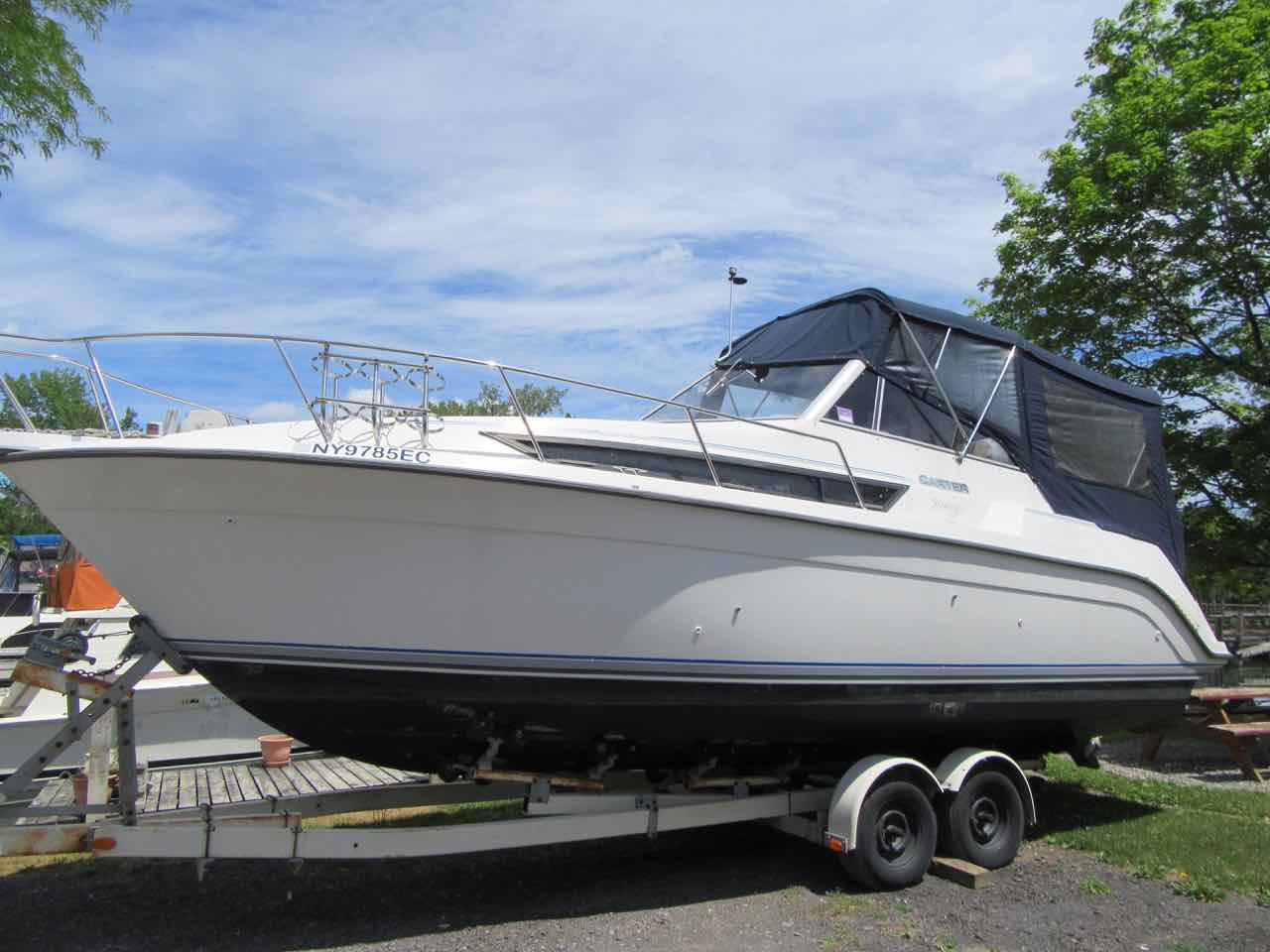 28' - 1992 Carver Montego 528 $21,000 Recent Canvas two owners, low hours.